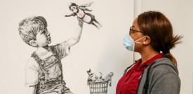 Un'opera di Banksyè stata battuta a 5 volte il suo valore.Il ricavato andrà agli ospedali britannici