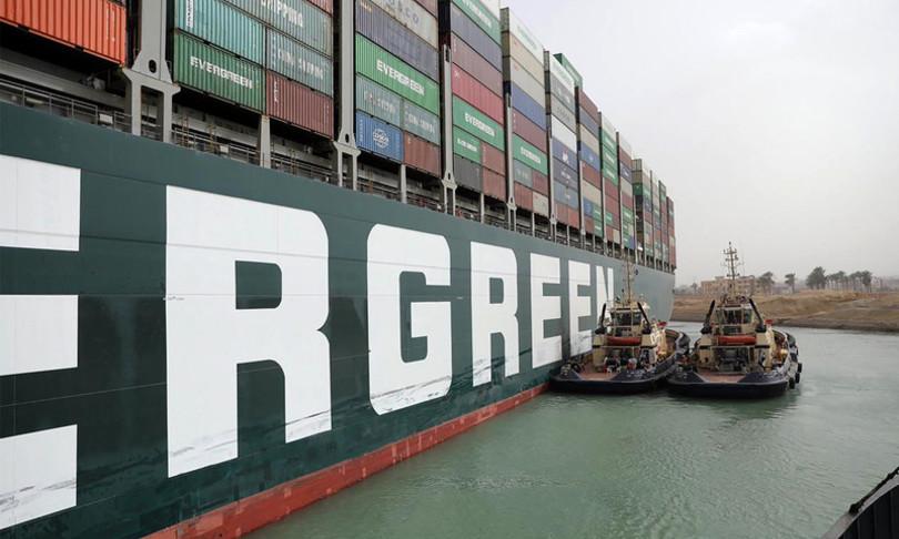 canale suez quarto giorno blocco navi ripartono per nuove rotte