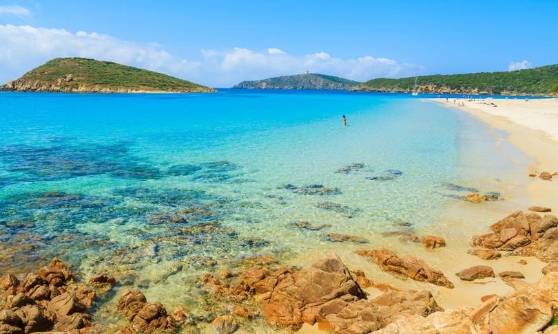 estate turismo regioni covid vaccino italia vacanze spiagge montagna