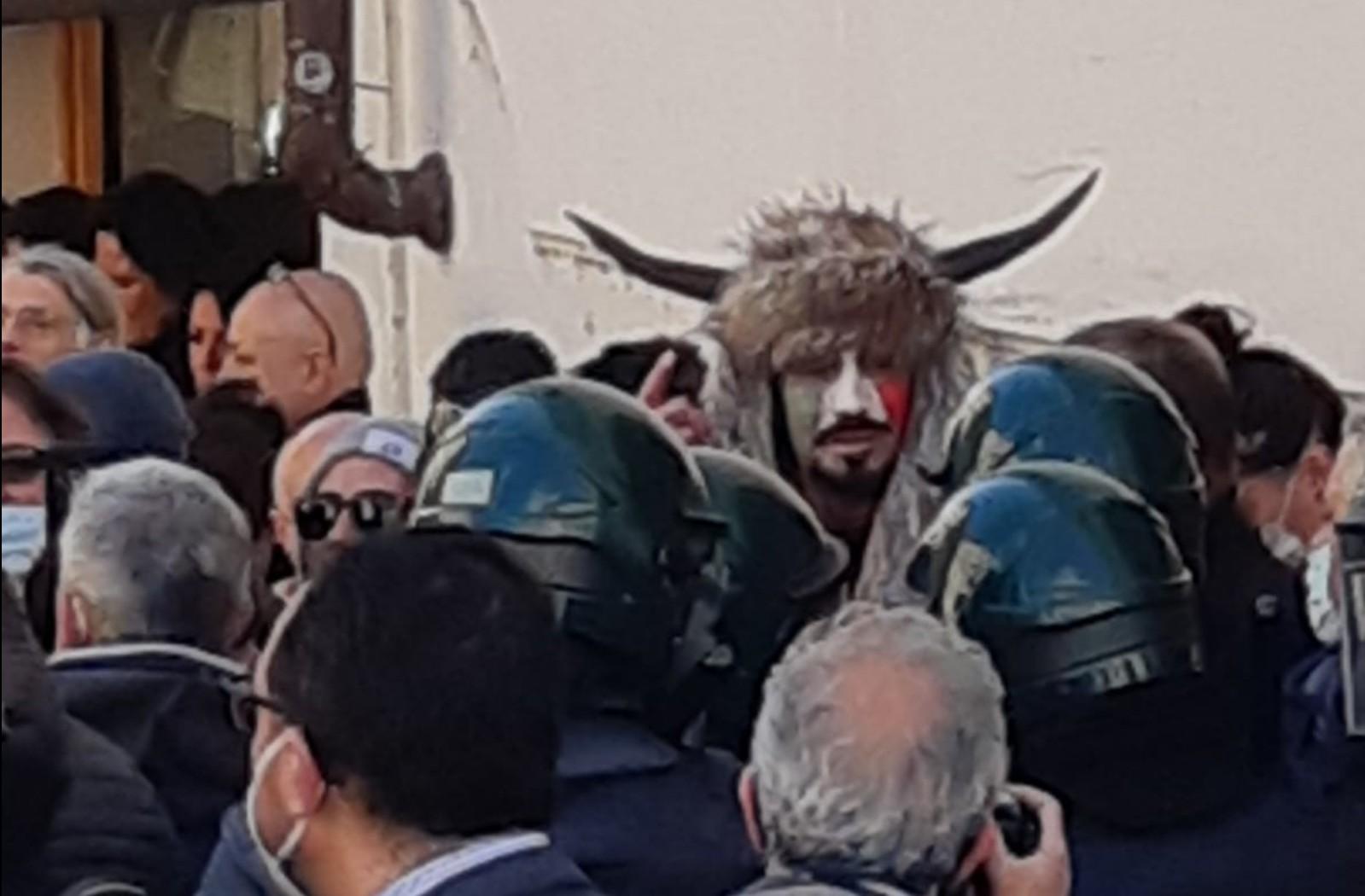 I disordini davanti a Montecitorio