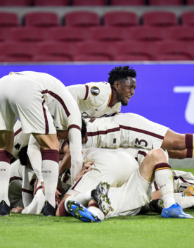 La Roma vede le semifinali di Europa League dopo la vittoria 2-1 in trasferta contro l'Ajax