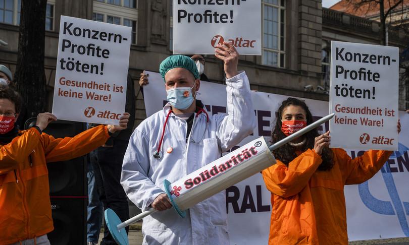 Nobel brevetti vaccini sospensione