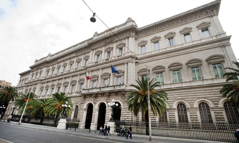 Bankitalia record debito pubblico