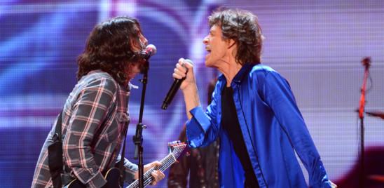 Il duetto di Mick Jagger e Dave Grohl che racconta la pandemia
