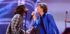 L'inatteso duetto diMick Jaggere DaveGrohl per raccontare la pandemia