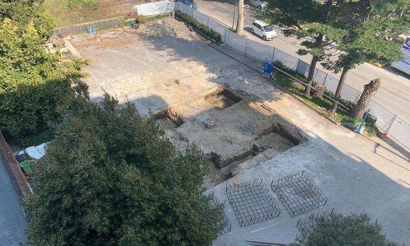 archeologia mura romane appia anfiteatro