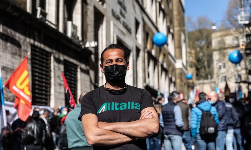 Alitalia ok unanime Cdmpagamento stipendi aprile