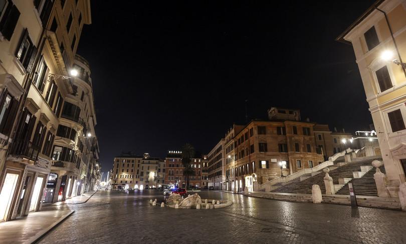 maggioranza si spaccasu odgFratelli d'Italia che voleva abolire coprifuoco