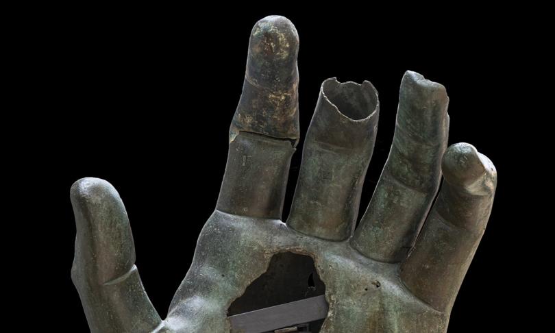 romaricomposta mano colosso costantino
