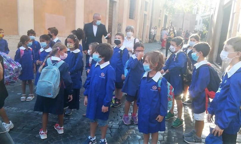 covid mascherine trasparenti scolari non udenti