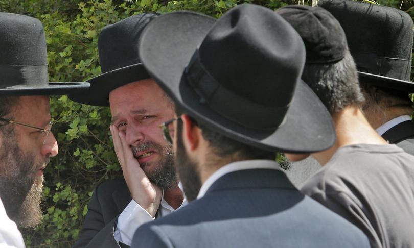 Israele crollo gradinata pellegrinaggio decine morti