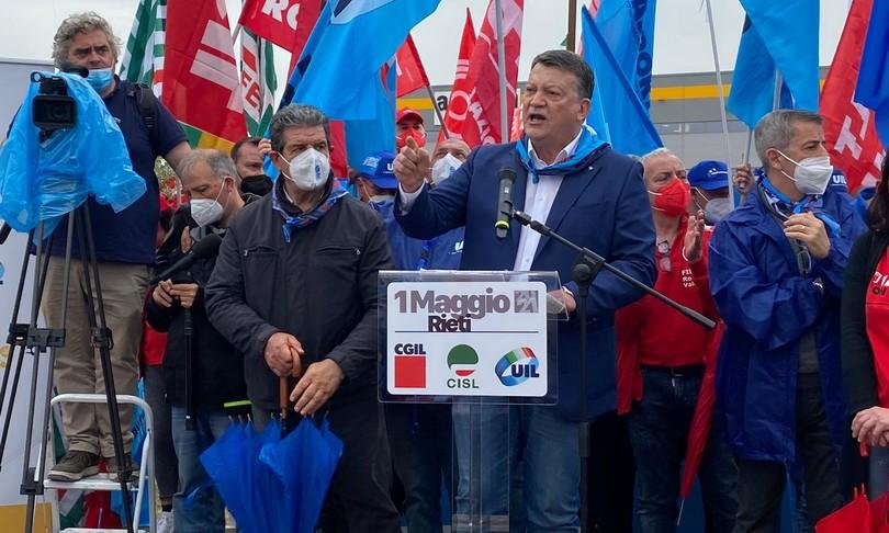 primo maggio sindacati no sblocco licenziamenti