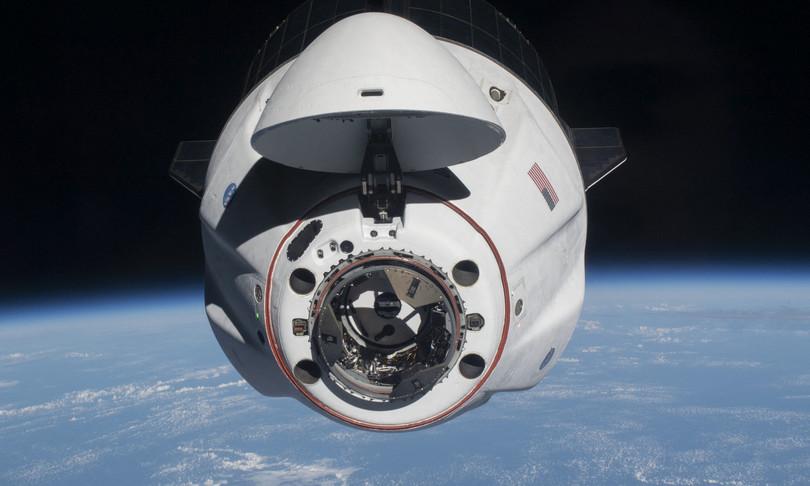 space x crew dragon ammaraggio