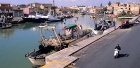 La Marina militare ha respinto un abbordaggio libico a 8 pescherecci