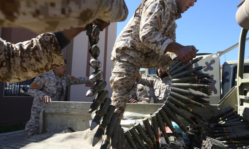 Libia partiti insorgono chiedono governo riferire