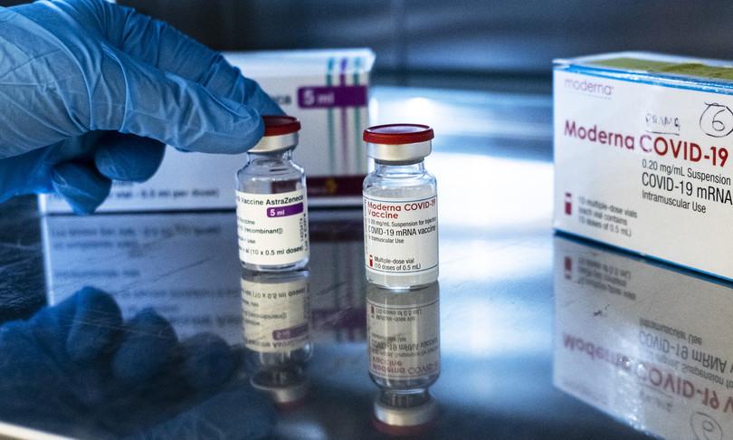 sospensione brevetti vaccini covid divide europa