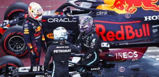 Gp Spagna, Hamilton guadagna la pole numero 100 in carriera