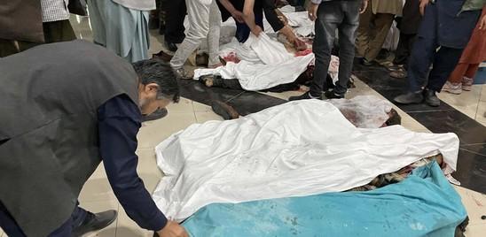 Orrore a Kabul, bomba a scuola fa strage di ragazze