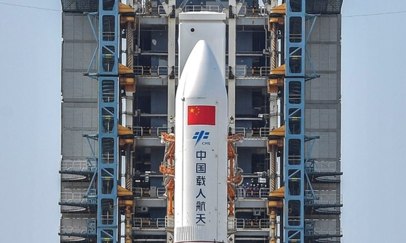 spazio razzo cinese caduto oceano indiano