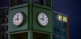 Misurare il tempo con precisione aumenta l'entropia dell'universo
