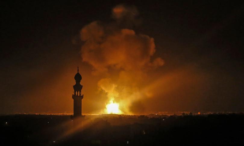 bombardamenti Gaza morti raid Israele