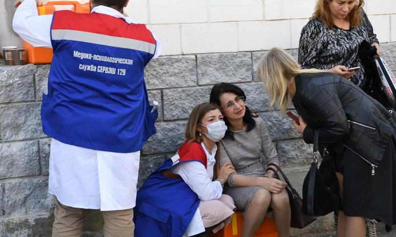 russia strage scuola kazan morti feriti