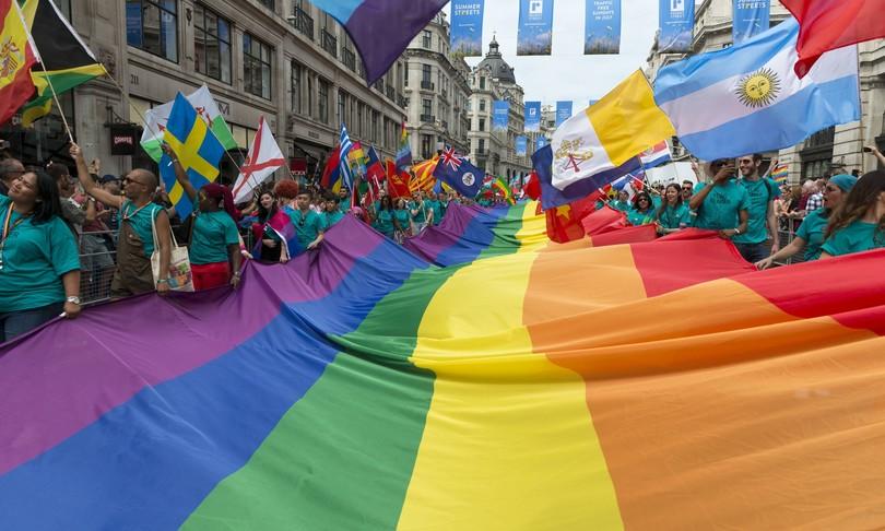 omofobia muore fine processi dl zan