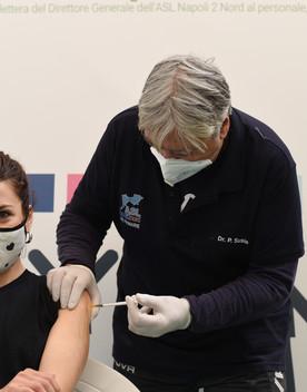 Vaccino, Figliuolo dà il via libera alle prenotazioni per gli over 40
