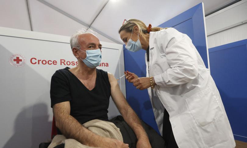 vaccino iss 35 giorni prima dose calo rischio decesso