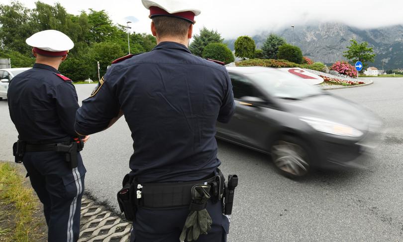 covid turisti italiani respinti confine polizia austriaca