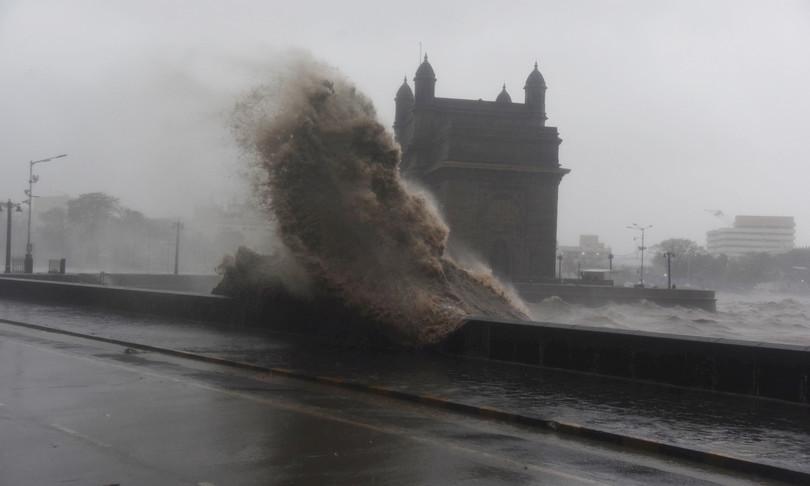 indianaufraga battello causa ciclone tauktae