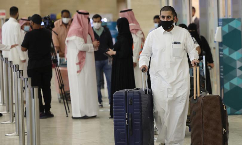 arabia saudita strade aeroporti intasati dopo allentamento misure covid