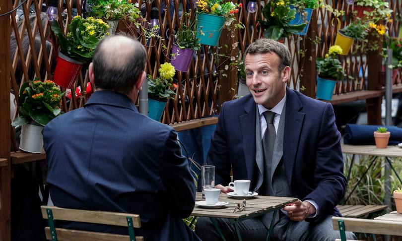 francia riaprono ristoranti bar macron castex liberta ritrovata cautela