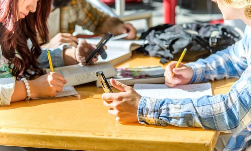 un terzo partecipanti erasmus trova lavoro estero