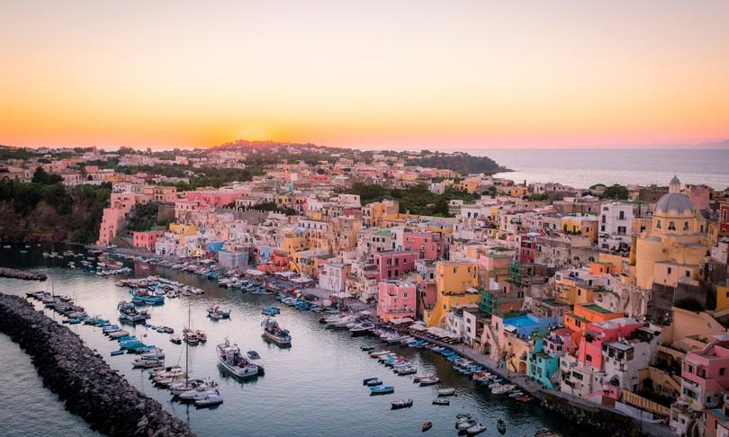 isole Covid free Ischia Giglio Carloforte