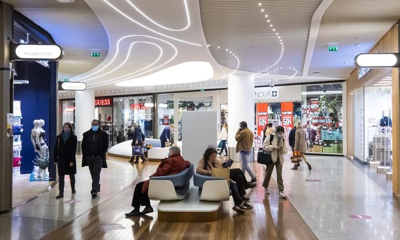 centri commerciali aperti