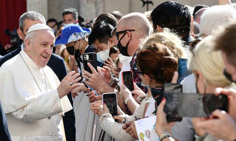 Papa preghiera non bacchetta magica ma dialogo