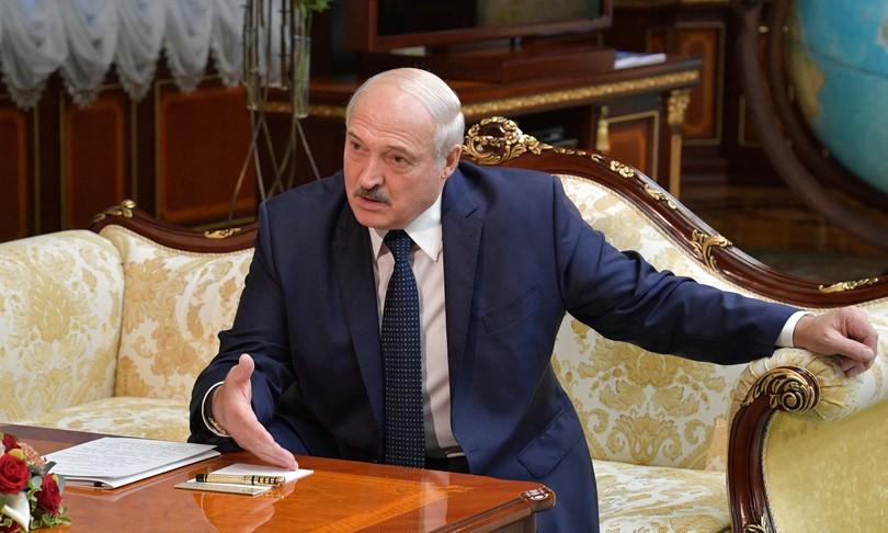 bielorussia lukashenko respinte accuse dirottamento aereo allarme bomba