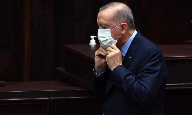 Covid Turchia al via riaperture lockdown allentato