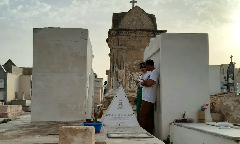 nuovo cimitero lampedusa spazio migranti