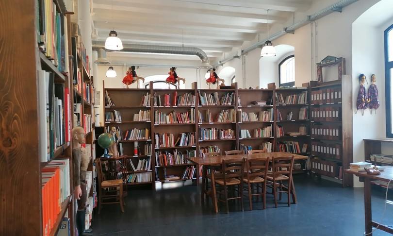 cagliari biblioteca burattini teatro animazione