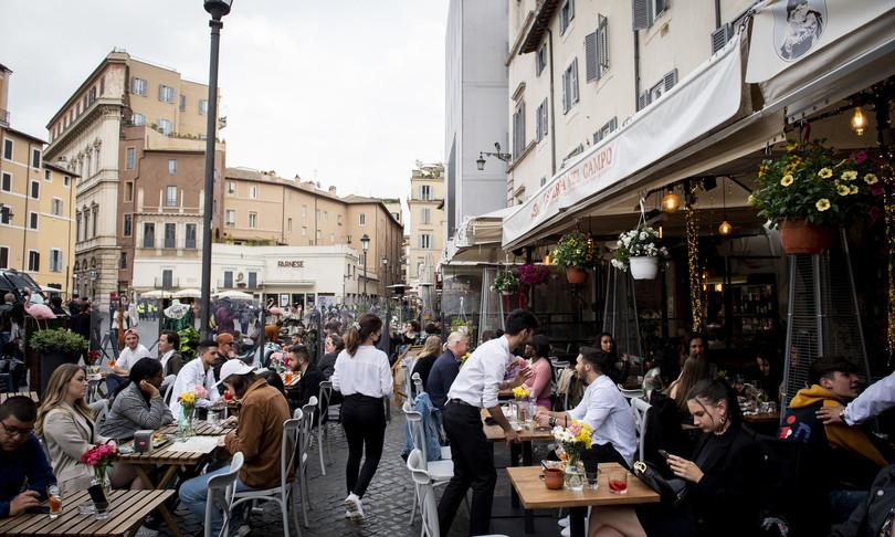 covid sei italiani su dieci a cena fuori weekend