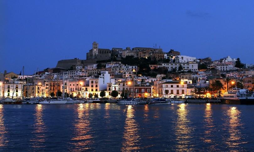 Spagna due italiani feriti armi fuoco Ibiza uno grave