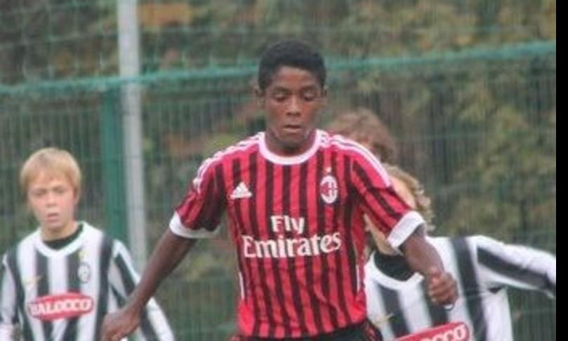 suicida calciatore seid visin denuncia razzismo