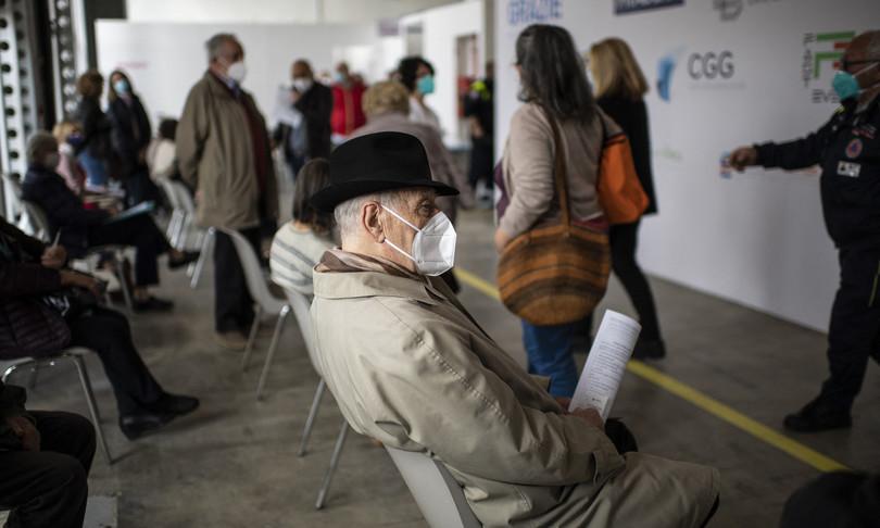 report iss vaccinati covid crolla rischio contagio e morte