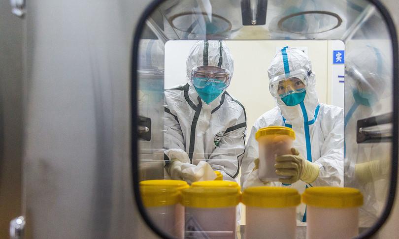 scienziato militare cinese aveva vaccinoanti covidinizio 2020