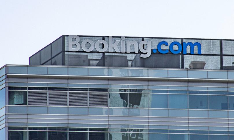 guardia di finanza scoperta maxi evasione fiscale booking