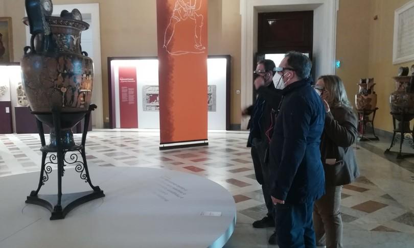 Archeologia gladiatori museo archeologico Napoli smart glasses