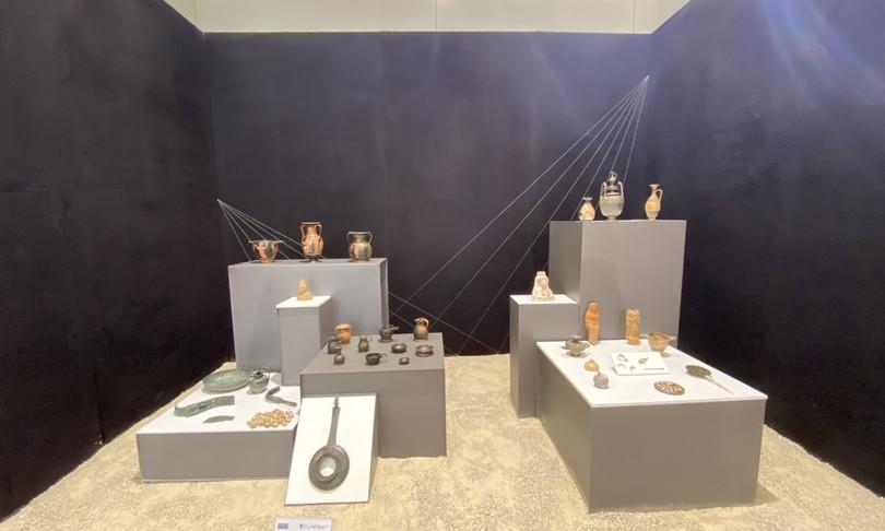Archeologia corredi funerari bambini museo pontecagnano