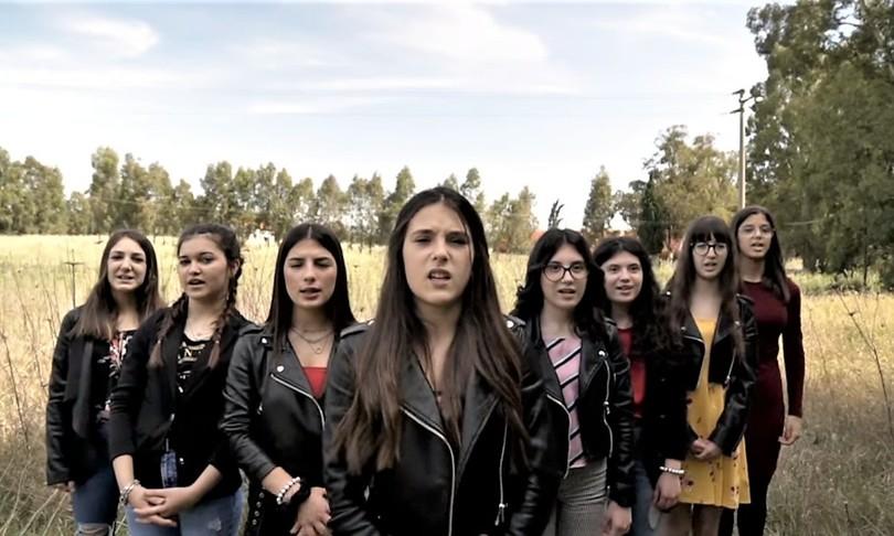 Femminicidio Sardegna canto videoclip scuola
